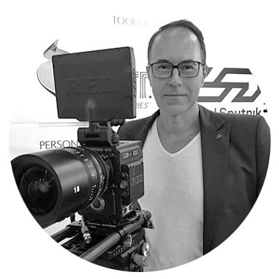 Rene Schubert / Suite717 - Social Media Marketing und Content Marketing